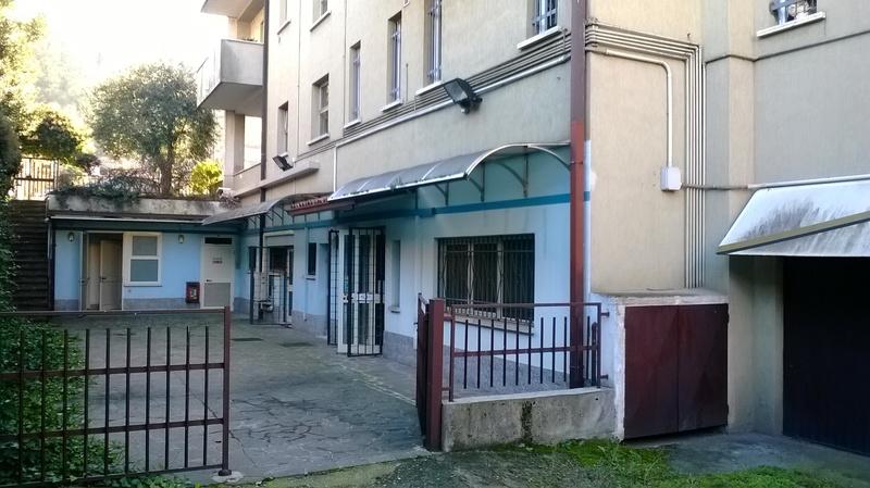 Locale commerciale a Capriolo Euro 265.000,00