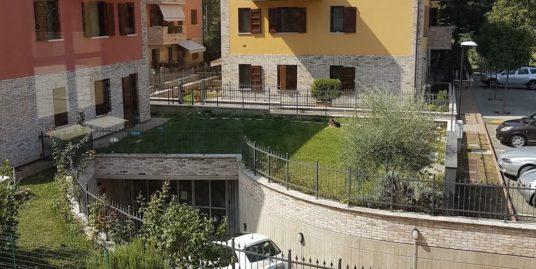 Locale commerciale a Fiorano Modenese Euro 345.000,00